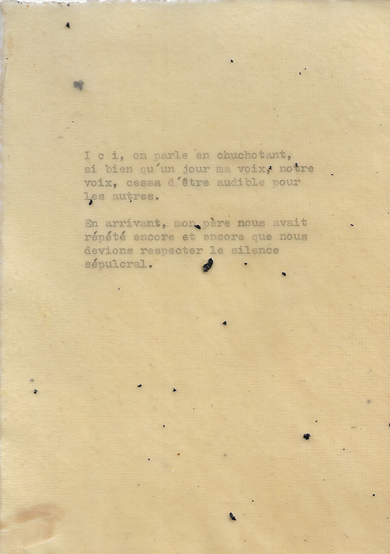 Olenka Carrasco-Cimetiere Vivants-Cire Texte Silence Comp